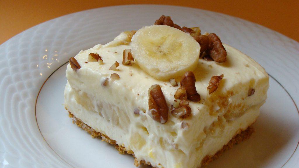 Smooshy Mushy Banana Split : Banana Split Squares ? SweetieTreats